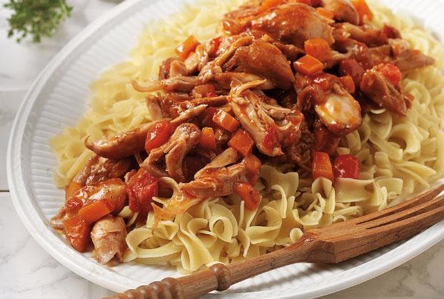 Χυλοπίτες με μπουτάκια κοτόπουλου και τέλεια σάλτσα